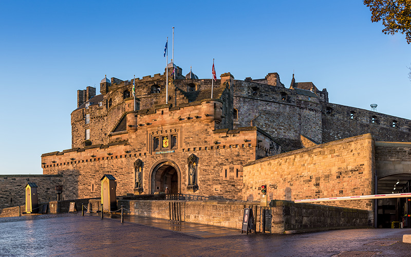 UK College Admissions | Edinburgh Castle